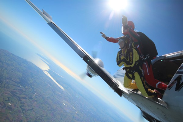 Beginners Tandem Skydive For One In Devon