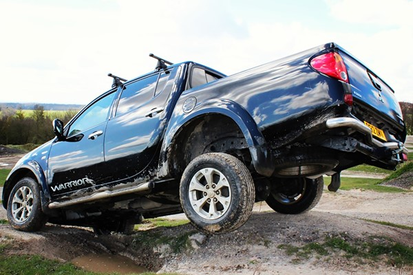 4 X 4 Driving Experience With One To One Tuition