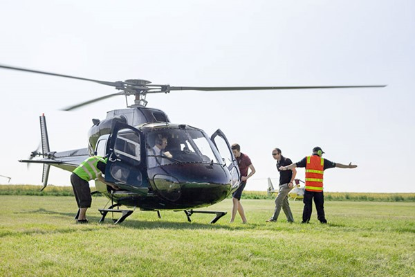 30 Minute Helicopter Tour Of London For Two