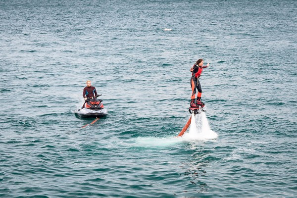 30 Minute One To One Flyingboarding Lesson For Two At Fly Newquay
