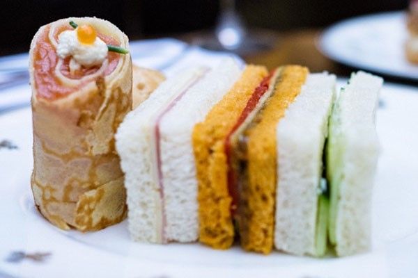 Sparkling Afternoon Tea For Two At The George Hotel Piercebridge
