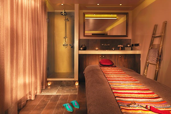 2 For 1 Luxury Rasul Treatment For Two At The Spa At Dolphin Square Spa