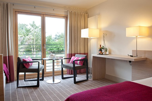 Luxury Overnight Spa Escape For Two At Lifehouse Spa And Hotel