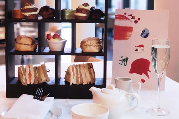 Champagne Afternoon Tea At Arts Street Kitchen By Hilton London Westminster