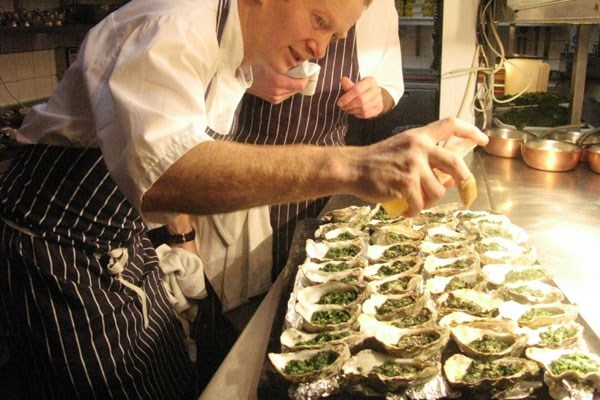 Bentleys Oyster Class With A Three Course Lunch And A Glass Of Champagne