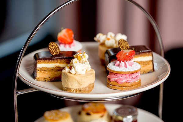 Sparkling Afternoon Tea For Two At Hotel Chocolats Rabot 1745 In Borough Market