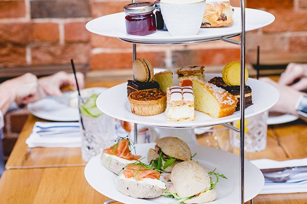 Champagne Afternoon Tea For Two At The Red Lion Whittlesford Bridge