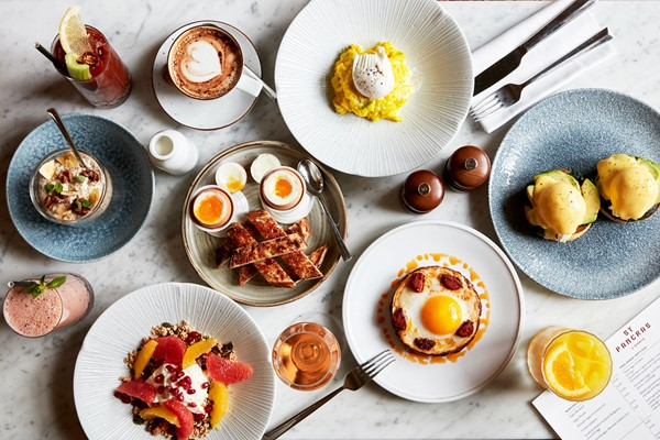 Sunday Brunch With Bottomless Prosecco For Two At Searcys St Pancras