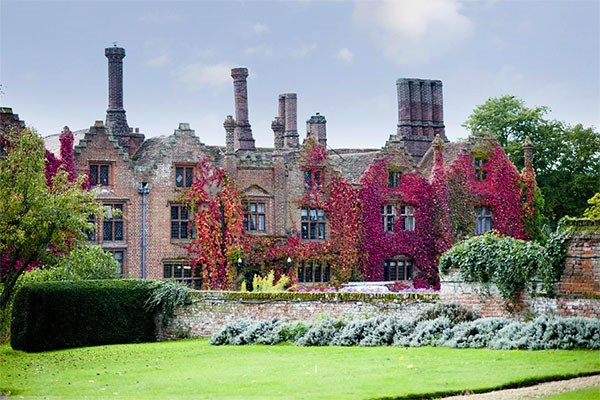 Sparkling Afternoon Tea For Two At Reigate Manor Hotel