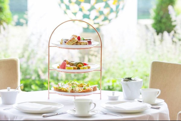 Champagne Afternoon Tea For Two At Little Cottage Tea Room