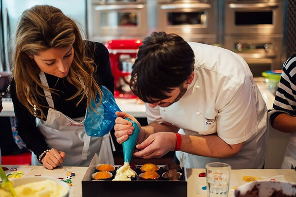 Cupcake Decorating Class With Afternoon Tea For Two At Cake Boy