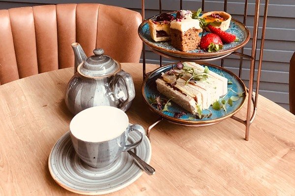 Afternoon Tea For Two At Sinah Warren Hotel