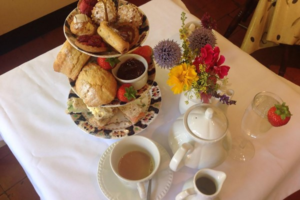 Bottomless Afternoon Tea For Two At Gallery Cafe