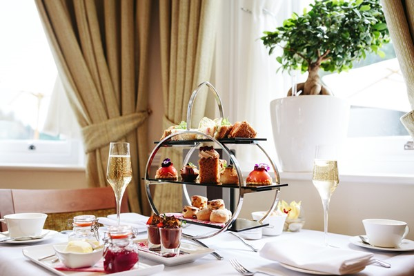 Champagne Afternoon Tea For Two At The Colonnade Hotel