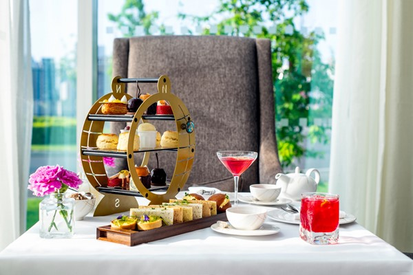 Champagne Afternoon Tea For Two At InterContinental London   The O2