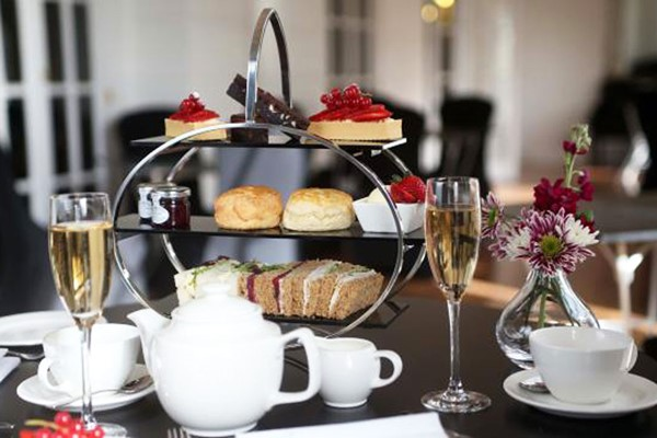 Afternoon Tea With Bubbles For Two At Mercure Exeter Southgate Hotel