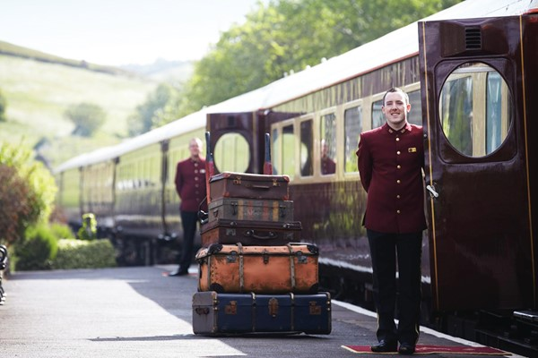 7 Course Murder Mystery Dining Experience With Wine For Two On The Northern Belle