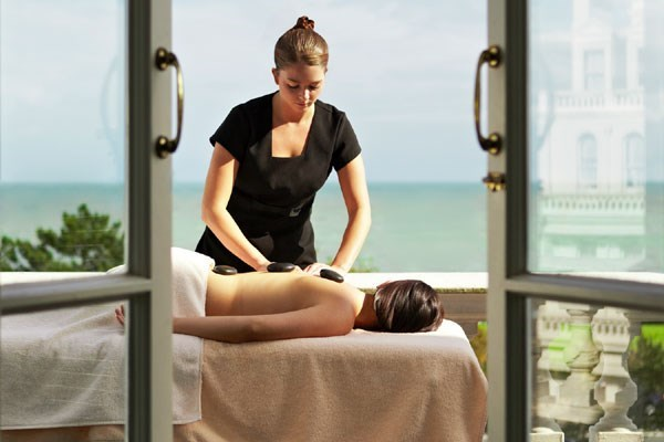 One Night Luxury Pamper Break With Two Treatments And Dinner At The Grand Hotel