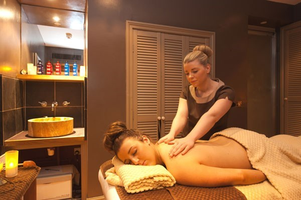 Saturday Spa Break With 25 Minute Treatment And Dinner At Bannatyne Darlington