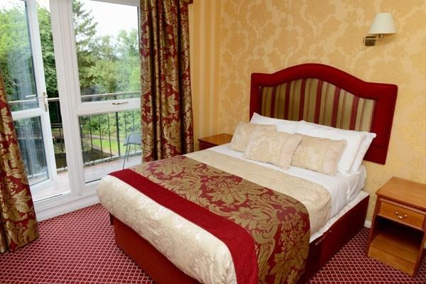 One Night Romantic Break With Dinner At Buckatree Hall Hotel