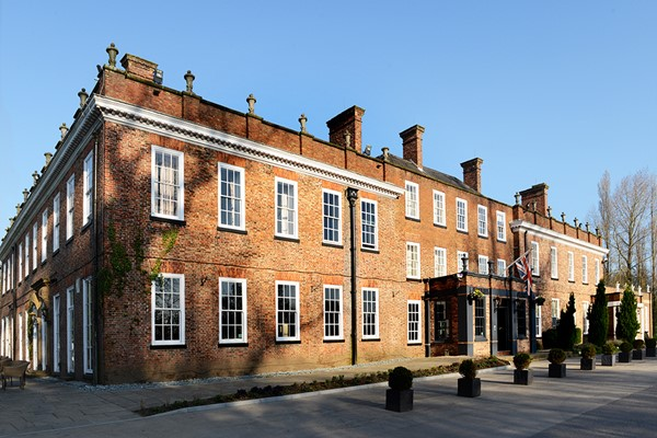 Two Night Escape With Breakfast For Two At The Lindum Hotel