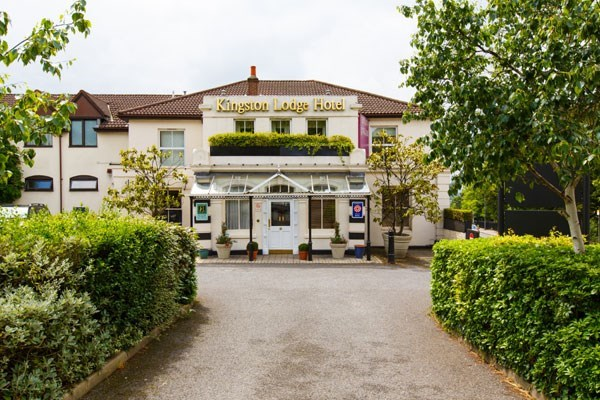 Overnight Escape With Dinner At The Links Country Park Hotel And Golf Club
