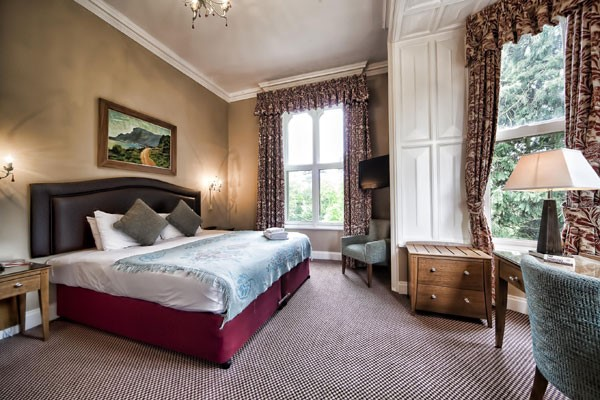 One Night Break With Dinner For Two At The Rutland Arms Hotel