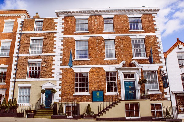 Luxury One Night Stay For Two At The Townhouse Chester
