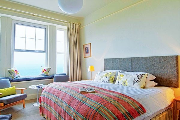 Two Night Escape With Breakfast At The Tufton Arms Hotel For Two
