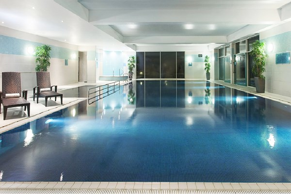 Overnight Spa Break With Treatment For Two At De Vere Cotswold Waterpark Hotel