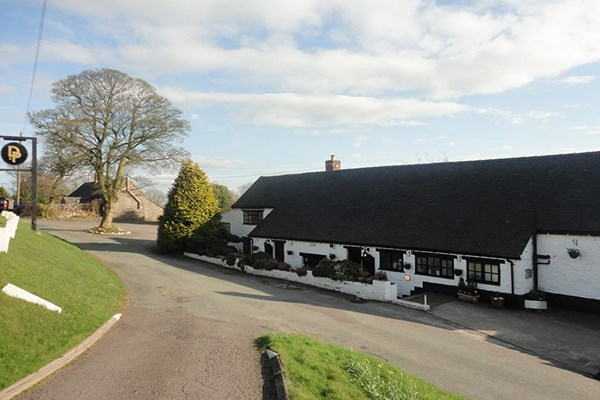 One Night Stay With Dinner For Two At The Croppers Arms