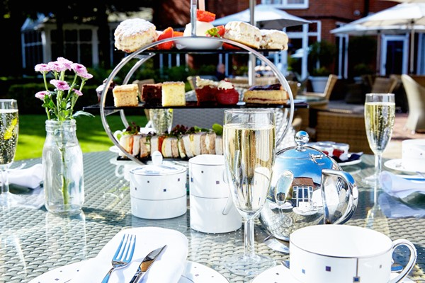Afternoon Tea With Bubbles For Two At The Bull Hotel