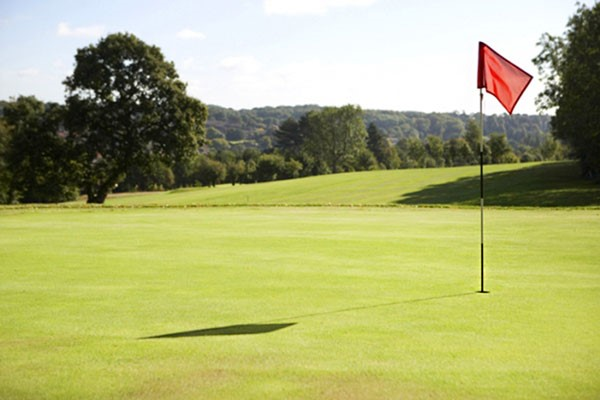 One Night Golf Break At Manor Of Groves