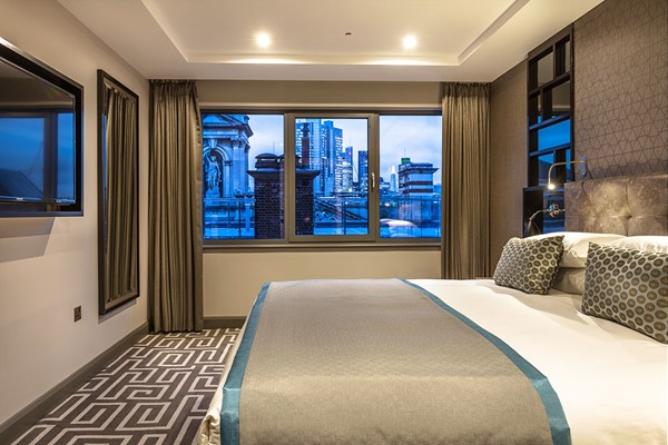 One Night Stay For Two At The County Hotel Newcastle