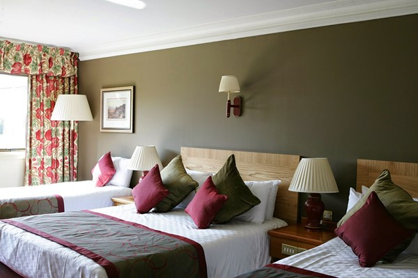 Two Night Stay With A Two Course Dinner At Irvine Riverside Lodge