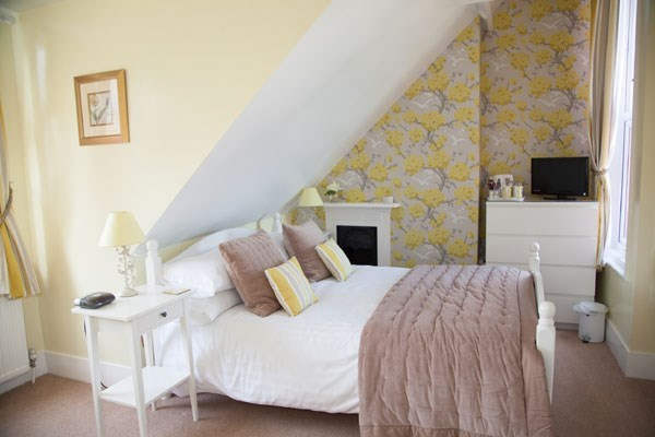 One Night Romantic Break At The Langtons Guest House