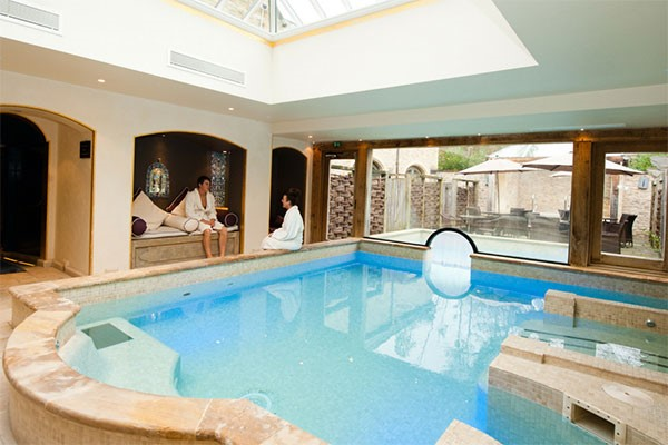 Buy Overnight Spa Break with 25 Minute Treatment and Dinner at a Bannatyne Hotel