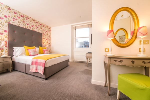 One Night Stay For Two At The Courthouse Hotel Shoreditch