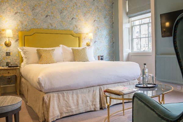 One Night Escape With Dinner For Two At The Kings Head Hotel