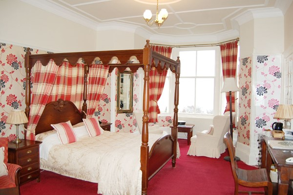 One Night Stay At The Fat Lamb With Breakfast  For Two