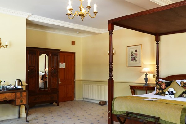Two Night Luxury Stay With Dinner At Rowley Manor Hotel