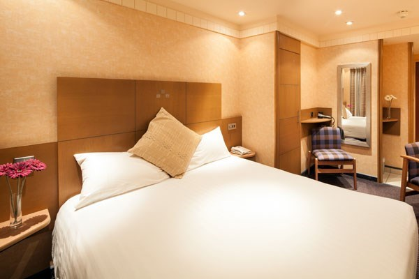One Night Stay With Breakfast At The Bailey Ground Hotel For Two