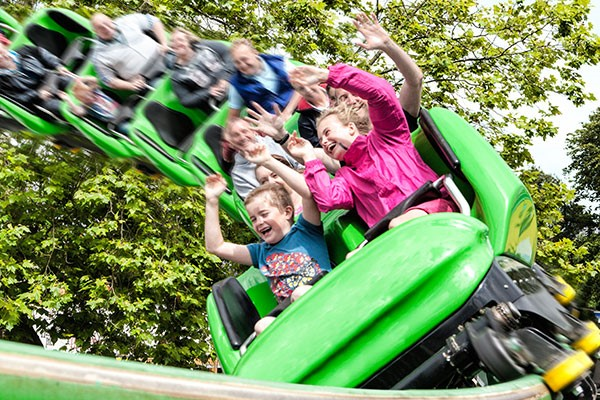 Drayton Manor Park  Home Of Thomas Land Tickets With Lunch For Two Adults And Two Children