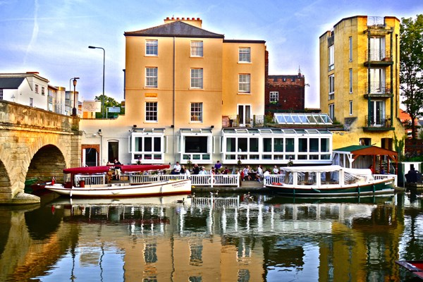 Oxford Afternoon Tea Cruise For Two