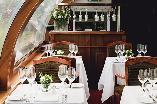 Bateaux Windsor River Thames Sunday Lunch Cruise With A Bottle Of Wine For Two