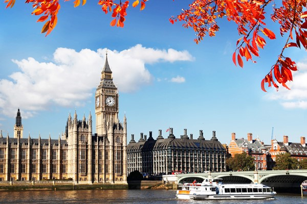 Westminster Sightseeing Cruise On The Thames For Family Of Five  Return Trip