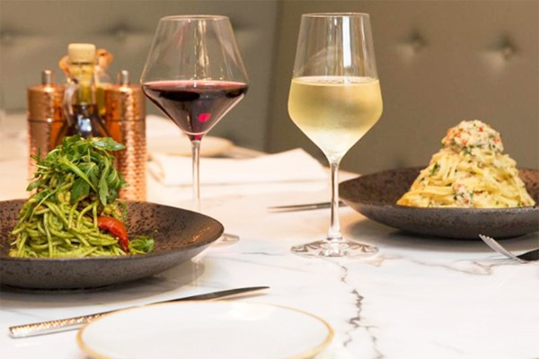 3 Course Meal With Bottle Of Wine For Two At Hilton London Docklands Riverside