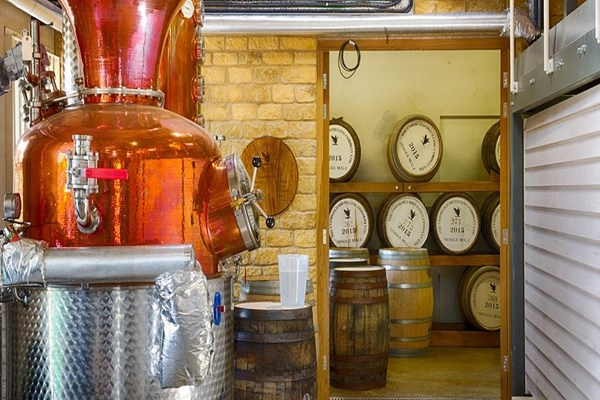 Gin And Whisky Tour With Tasting At The Cotswolds Distillery
