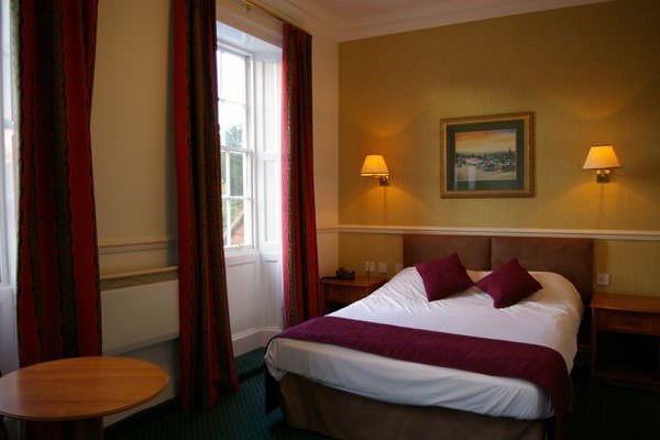 One Night Stay For Two At The Belhaven Hotel  Glasgow