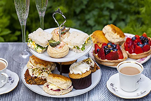 Champagne Afternoon Tea For Two At Cafe Nucleus